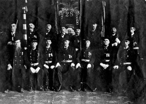 George Washington May, top left, with proud members of U.S. Grant Post 28, Chicago, of the Grand Army of the Republic ...Confederate rebels need not apply